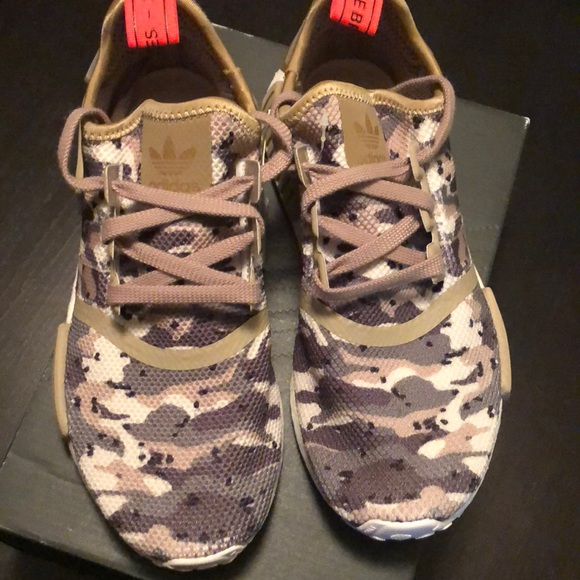 3d8d474dc5f6 adidas Other - NMD R1 J camo